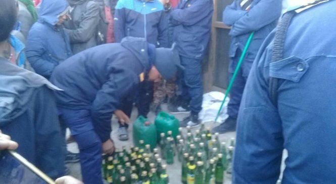 १ सय ५९ बोतल चीनियाँ मदिरा बरामत (अडियो सहित)